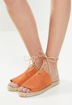 Espadril - Suede slip-on with cord and brass ring - orange