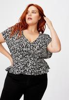Cotton On - Curve the ultimate tea blouse Taylah - black & white