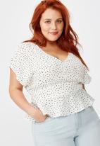 Cotton On - Curve the ultimate tea blouse Nadia spots - white & black