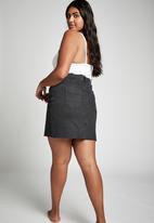 Cotton On - Curve denim skirt - black