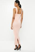 Missguided - Plunge bust cup maxi dress - pink