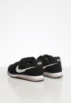 Nike - Nike Md Runner 2 sneaker - black/white-wolf grey