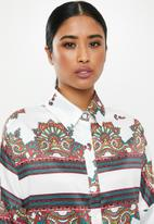 Missguided - Satin scarf prith shirt - multi