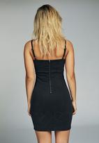 Cotton On - Stretch denim mini pinafore dress - black