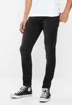 Superdry. - Travis skinny jeans - black