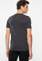 Superdry. - Dry originals pocket tee - black