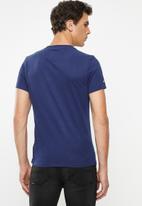 Superdry. - Premium goods tonal tee - blue