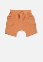 Cotton On - Jordan shorts - orange
