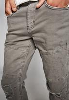 Cotton On - Slim fit jean - grey