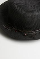Superbalist - Brit straw hat - black