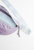 Converse - Ombre sling pack - purple