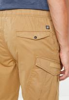 Superdry. - World wide cargo shorts - beige
