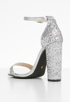 Sissy Boy - Glitter ankle strap block heel - silver