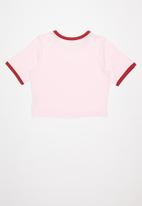 Levi's® - Graphic cropped ringer tee - pink