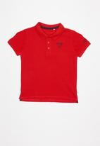 GUESS - Teens short sleeve Guess core polo - red