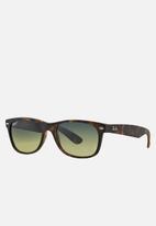Ray-Ban - New wayfarer polarized sunglasses 55mm - matte havana