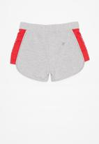 GUESS - Stef active short - grey