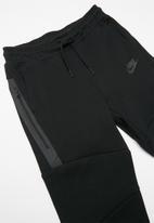 Nike - Nike boys tech fleece pants - black