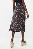 Superbalist - Button through midi skirt - black & pink