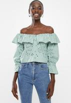Superbalist - Off the shoulder anglaise blouse - green