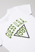 GUESS - Short sleeve Guess USA 1981 tee - white