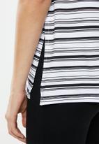 Superbalist - Relaxed vest - black & white
