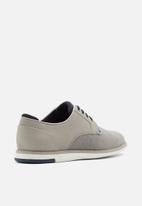 Call It Spring - Kronos round toe lace-up - grey