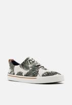 Call It Spring - Dunn casual shoe - green & white