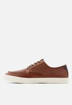 Call It Spring - Codie casual shoe - brown
