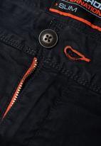 Superdry. - Lite slim fit chino shorts - black