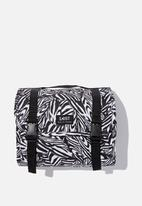 LOST - Large wash bag - black & white