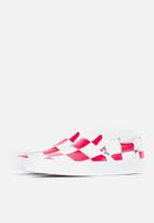 Vans - Vans UA classic slip-on - (leather check) true white & racing red