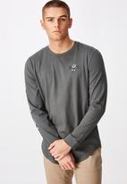 Factorie - Motel curved long sleeve graphic T-shirt - grey