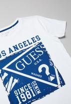 GUESS - Teens short sleeve guess stamp tee - white