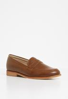 Superbalist - Carry loafer - tan
