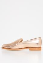 Superbalist - Carry loafer - rose gold