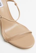 Steve Madden - Oaklyn heel - natural
