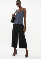 Vero Moda - Sandy strappy cami - grey