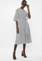 AMANDA LAIRD CHERRY - High waisted pleat maxi - black & white