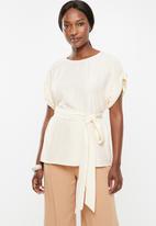 Vero Moda - Mibiza short sleeve top - cream