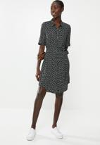 Vero Moda - Autum amaze shirt dress - multi