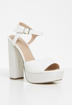 Call It Spring - Nenadda heel - white