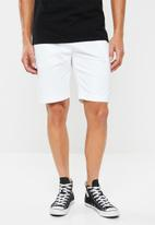 Superdry. - International chino shorts - white