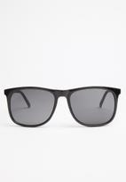 Superbalist - Cal sunglasses - black