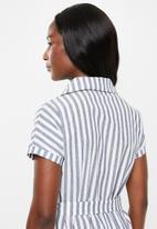 edit - Linen shirt dress - white & blue