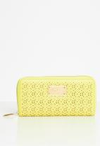 Pierre Cardin - Cassandra purse - yellow