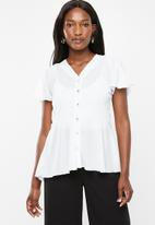 edit - Flutter sleeve button down blouse - white