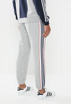 adidas Originals - 3 stripe panel track pants - medium grey heather & white