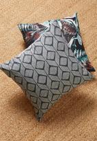 Grey Gardens - Nandi cushion cover - charcoal
