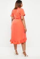 POLO - Plus size darci ruffle dress - orange